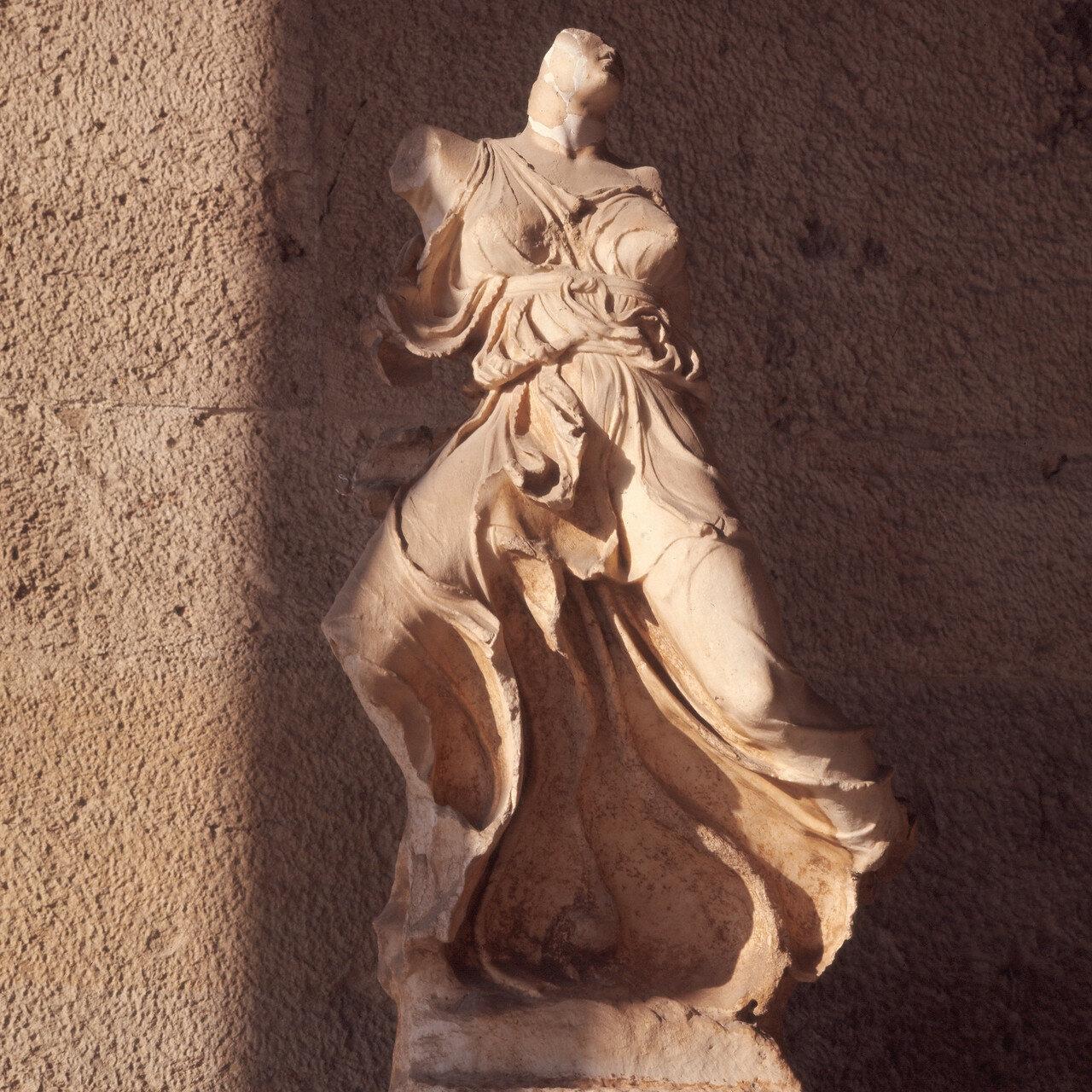 Афины. Музей Агоры. Крылатая Ника конца V в. до н.э.