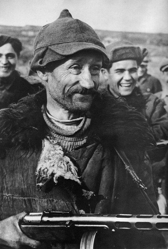 как русские немцев били, потери немцев на Восточном фронте, партизаны ВОВ, красный партизан, партизанская война