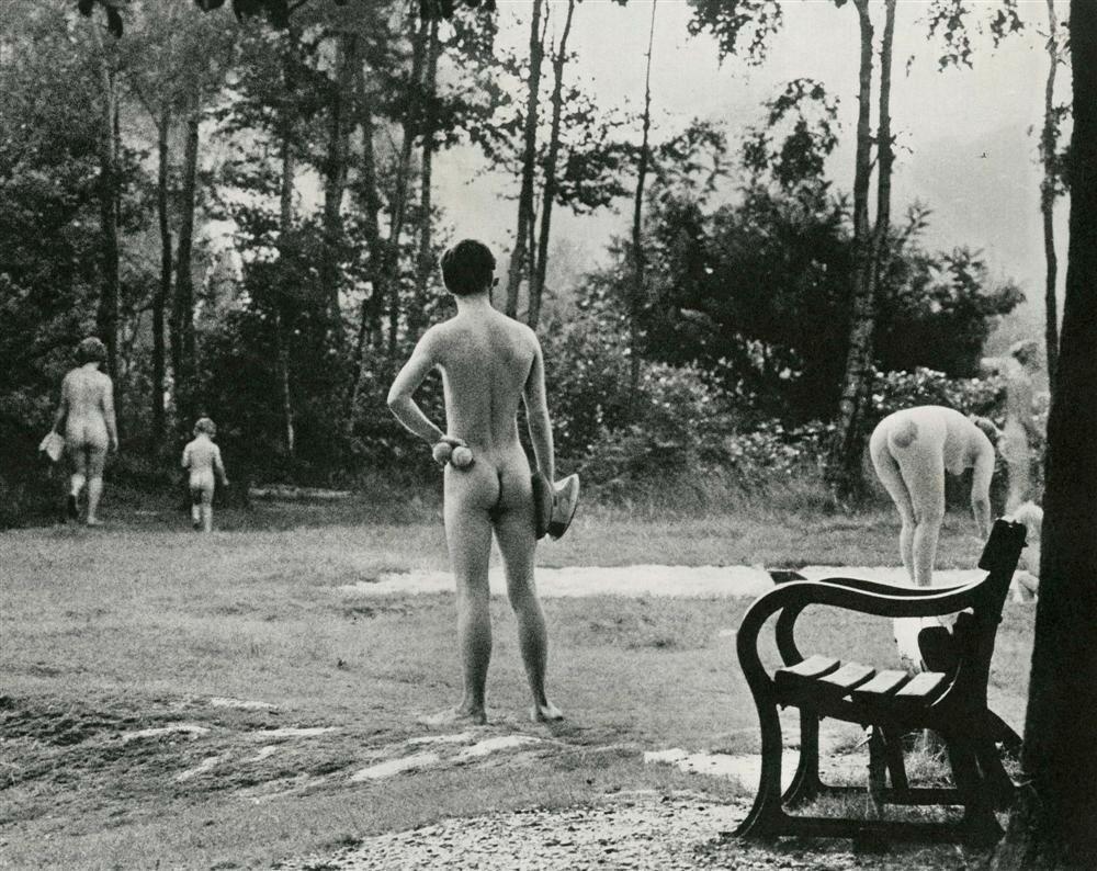 Elliott Erwitt, 1968.jpg