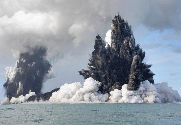 Красивые фотографии: извержения вулканов 0 10f551 2e59d66c orig