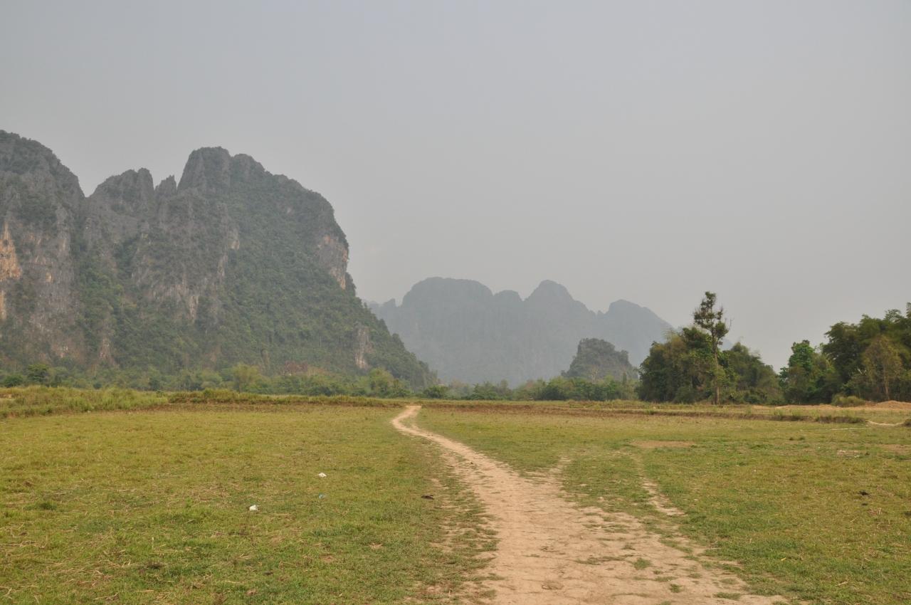Дорога к пещере без названия