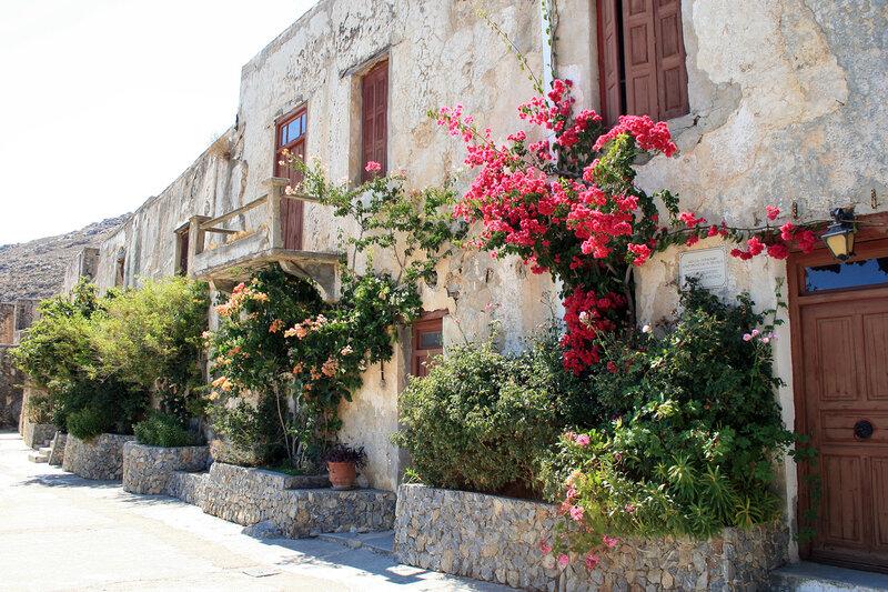 Крит, Внутренний двор Моно Превели