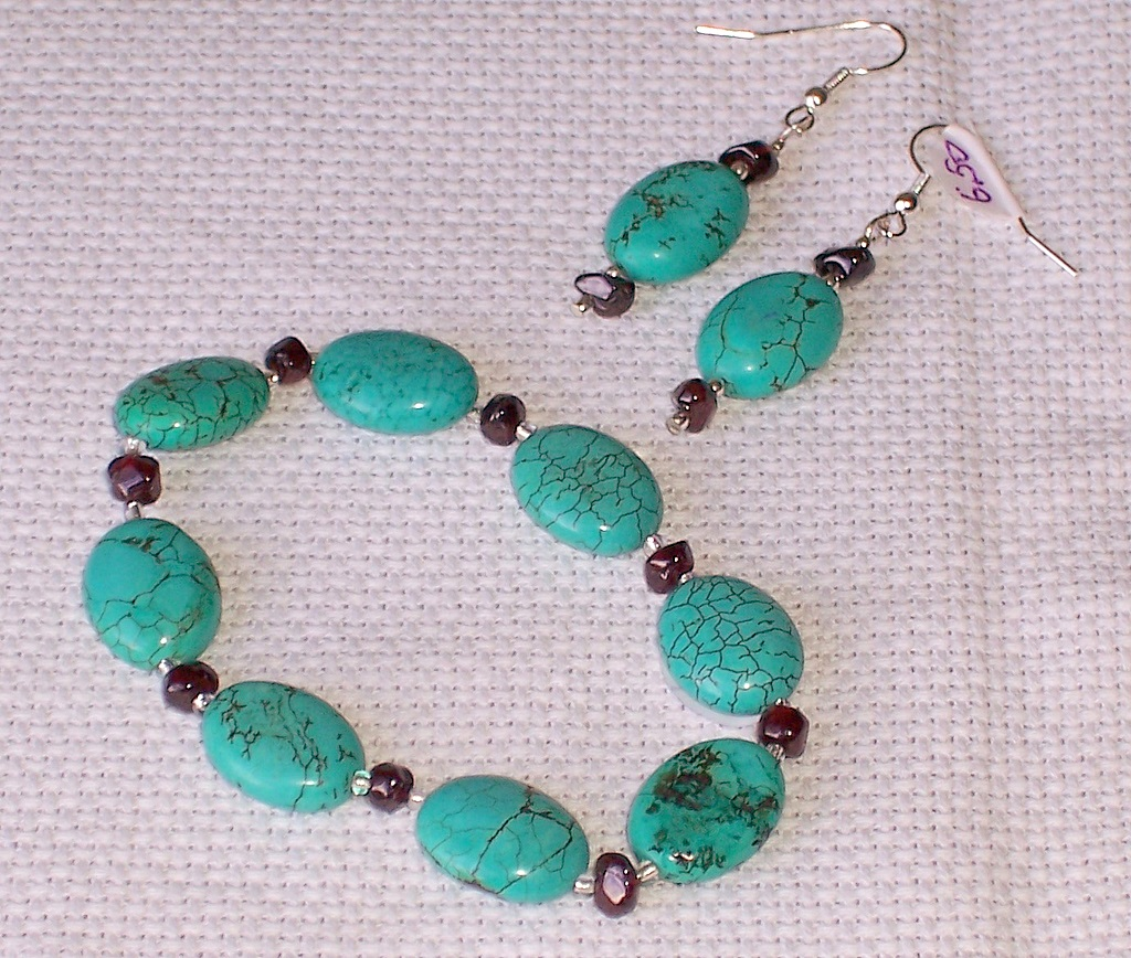 howlite,turquoise,garnet,bracelet,earrings,semiprecious stones
