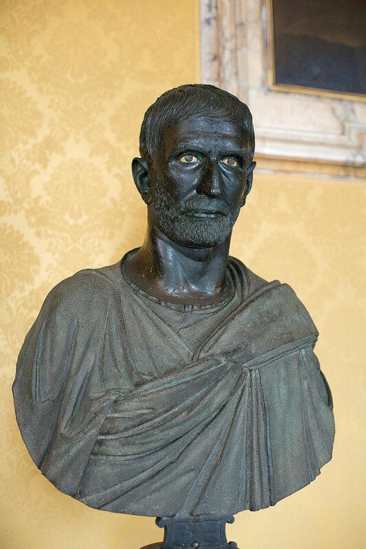 Capitoline_Brutus_Musei_Capitolini_MC1183_01.jpg