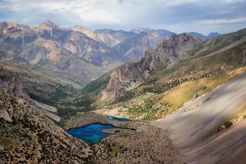 Фото: alexandr-usik1990@rambler.ru, «Озеро, окруженное горами»