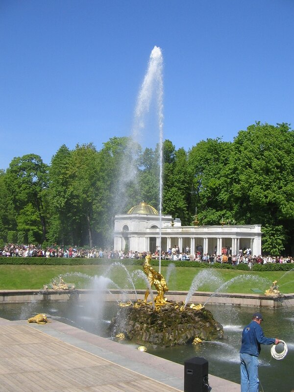 Peterhof Palace. Opening of fountains holiday