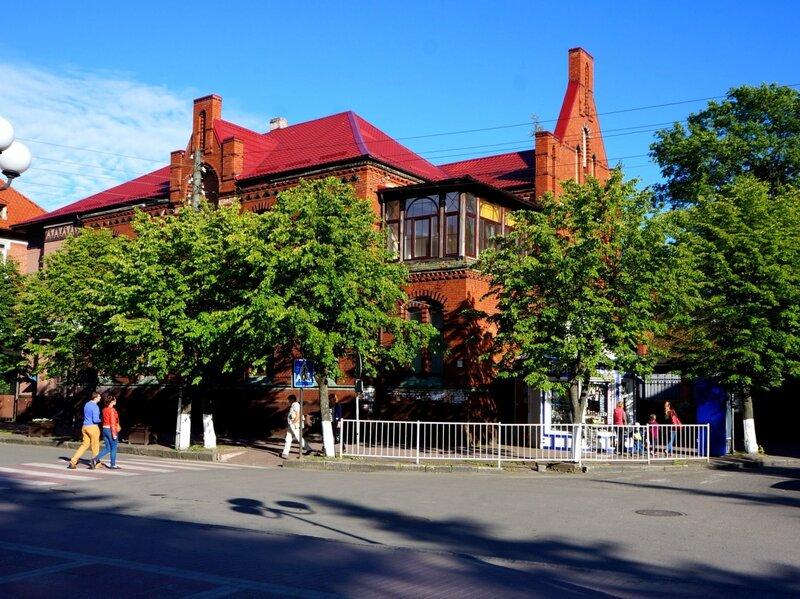 Историческое здание на Курортном проспекте
