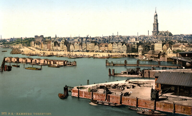 Вид Гамбурга с водонапорной башни