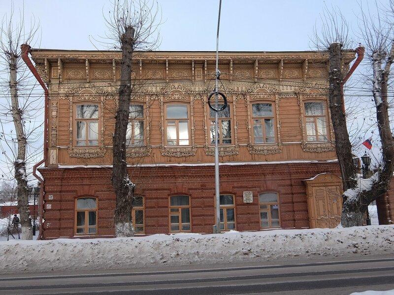 Томск - Здание, где жил и работал Шишков