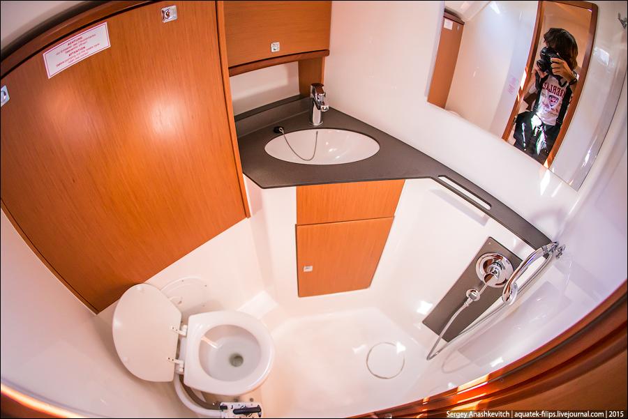 Как устроен туалет на яхте
