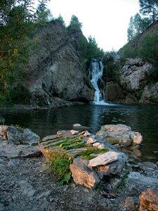 Водопад у деревни Белово.