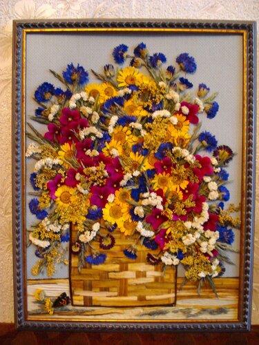 Поделка из цветов сухих 419