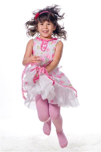 студийная фотосъемка детей. Фотографии  маленькой девочки. Фотограф Кирилл Кузьмин