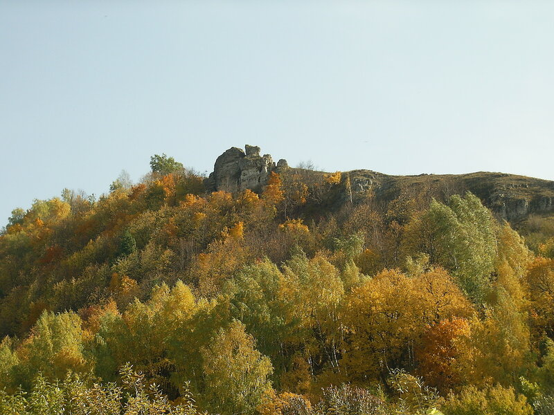 Лысая гора, скала Петров камень
