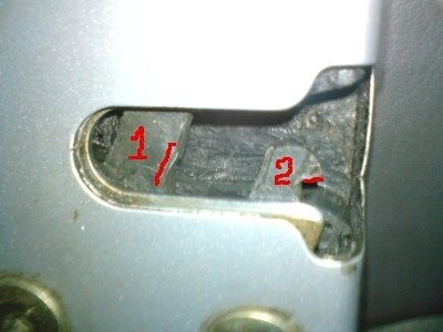 renault symbol стала плохо закрываться дверь