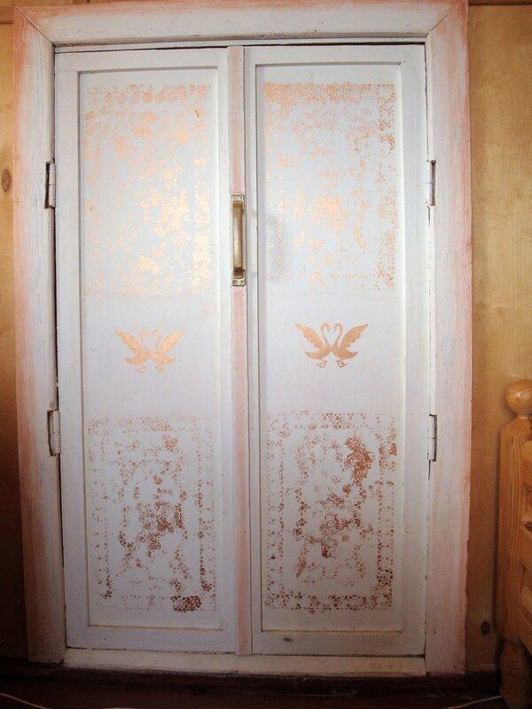 Как своими руками облагородить старую дверь 38