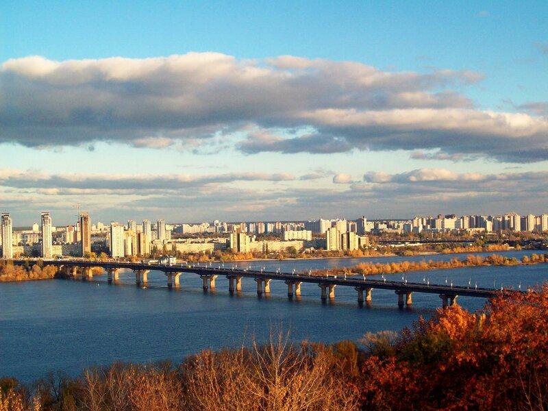 Вид на Днепр и мост Патона