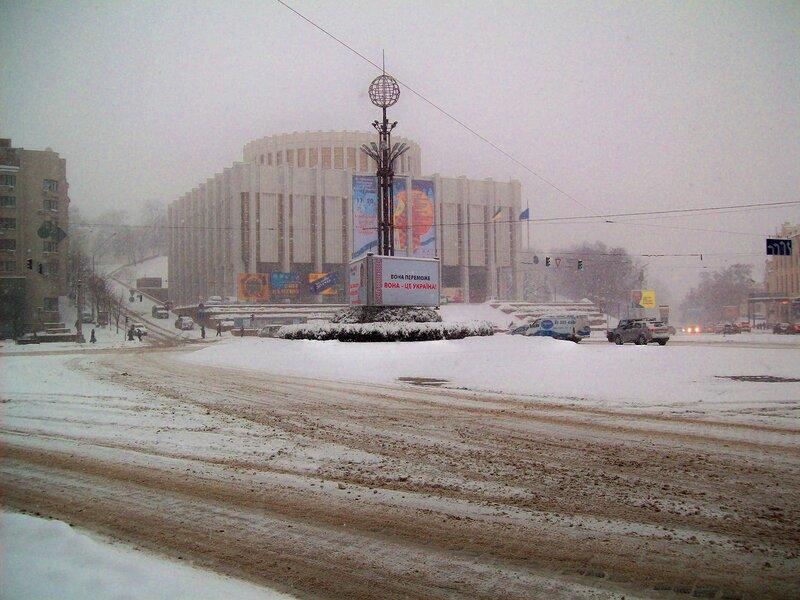Европейская площадь зимой