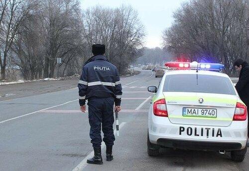 Полиция Молдовы перешла на усиленный режим