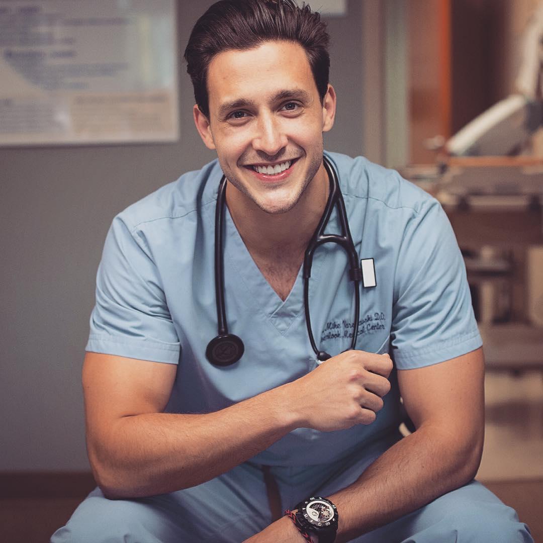 сексуальный доктор фото
