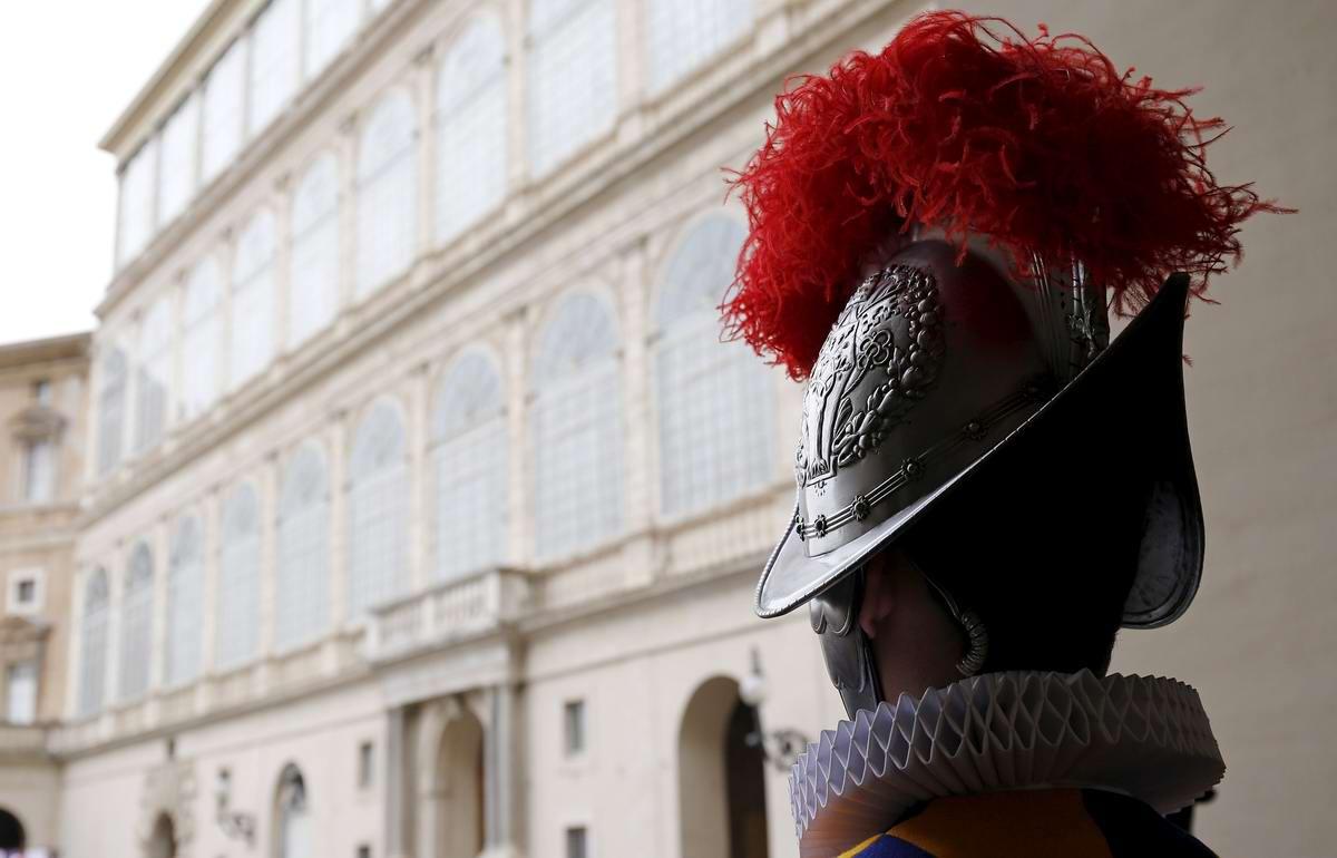 Швейцарская гвардия Ватикана: Новобранцы присягают на верность Папе Римскому (15)