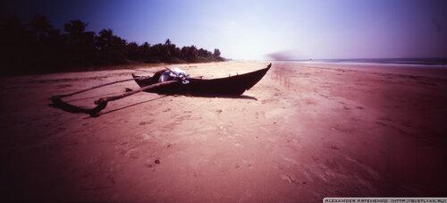 Рыбацкая лодка (цвет)