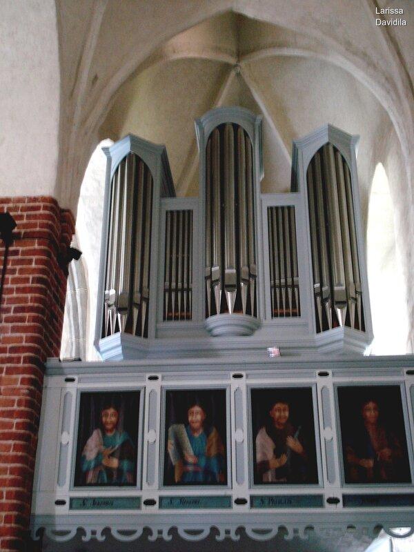 Южная Финляндия. Pyhtään kirkko.