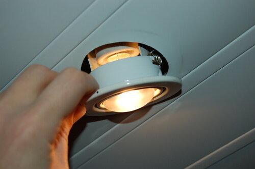 носки перегорает светодиодная лампа в ванной работы лампы