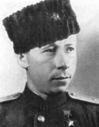 Командир 3-го полка дивизии Герой Советского Союза П.Е. Брайко.