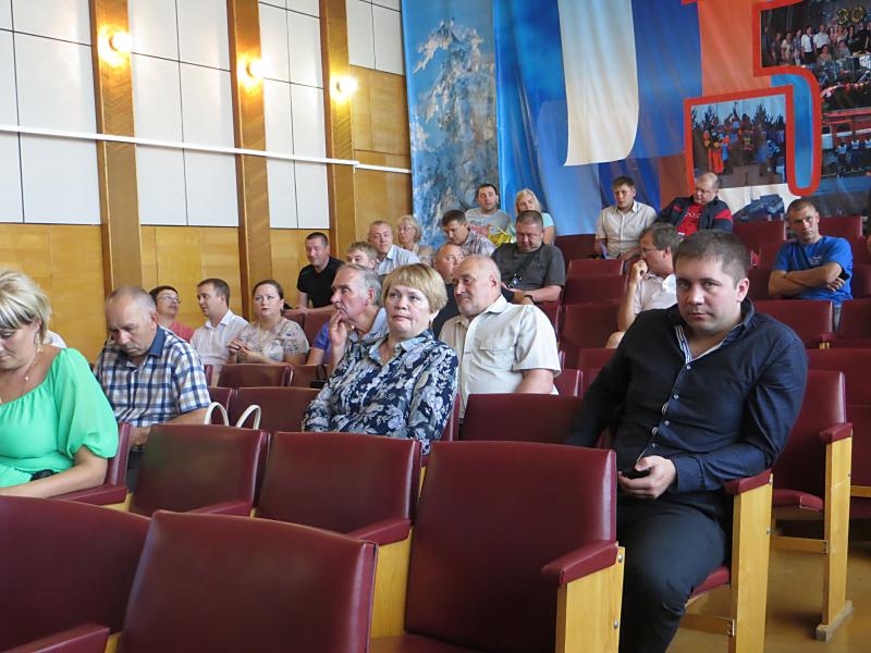 Общественные слушания в Лесосибирске 06.08.2015 г. Фото: Александр Колотов