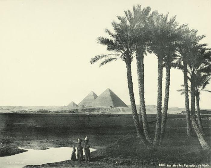 Пирамиды в Гизе. Если пирамиды в Гизе созданы из каменных блоков, которые, как кирпичики, плотно при