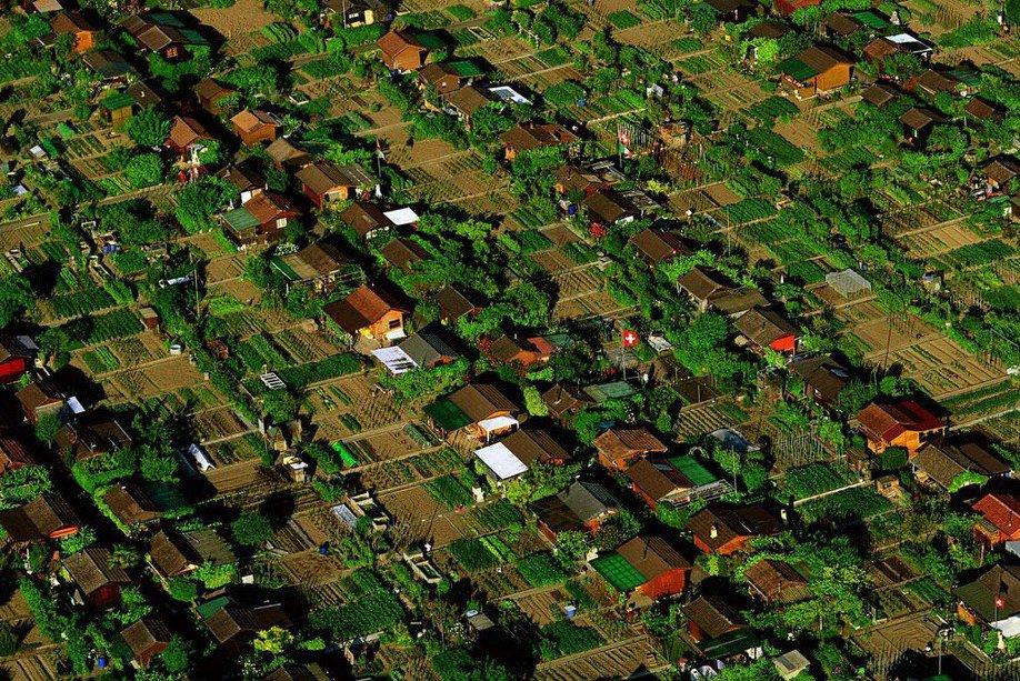 7. Дачный поселок в окрестностях Женевы, Швейцария.