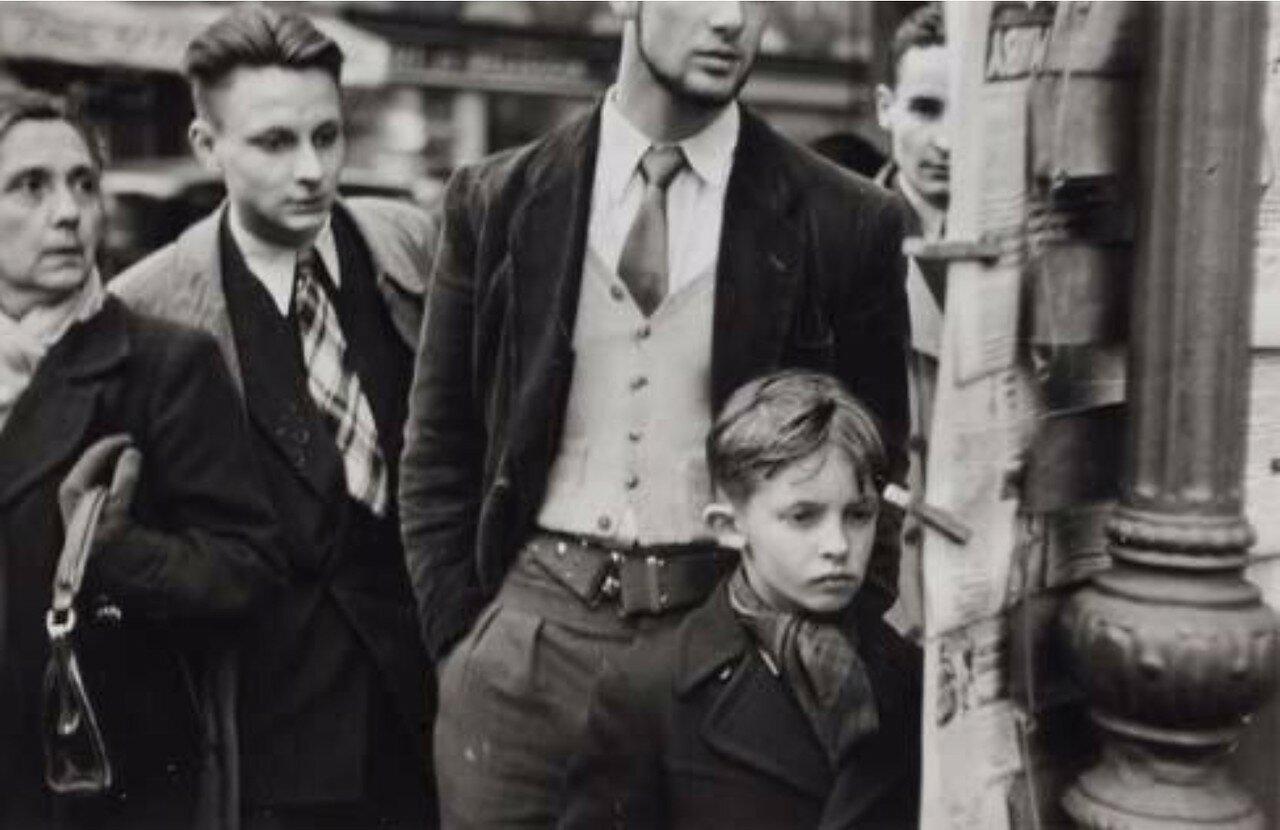 1951. Рю де Ренн