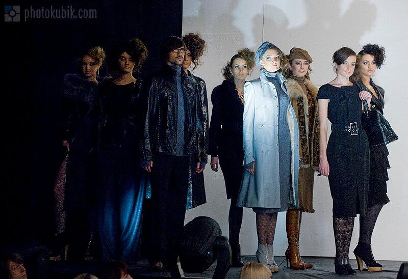 фоторепортаж неделя моды мода fashion  Defile in Kyiv   фоторепортаж с презентации