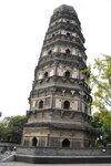 китайская пада.щая башня