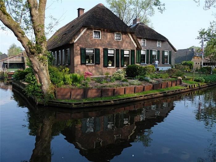 Гитхорн   нидерландская деревня с венецианским шармом