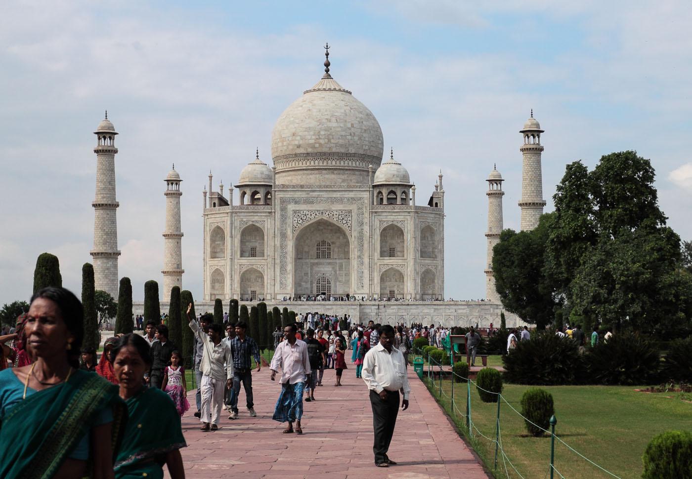 Фото 12. Отзывы туристов о поездке по Золотому треугольнику. Самая знаменитая достопримечательность Индии. Величественный Тадж-Махал.
