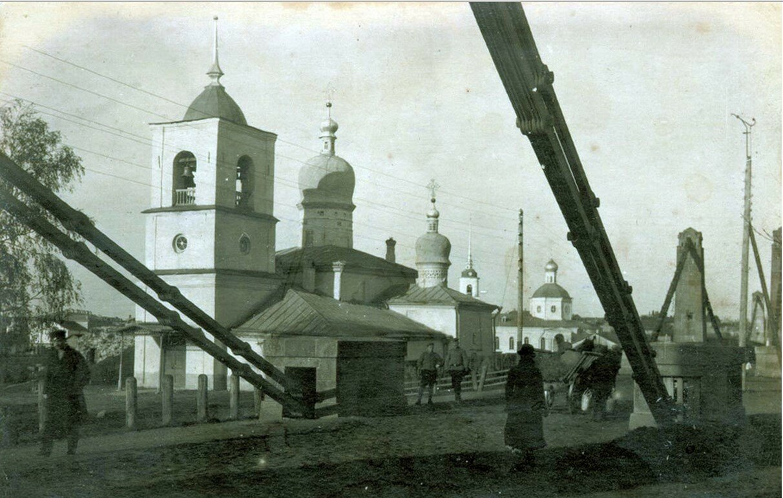 Никольская церковь и Троицкий собор