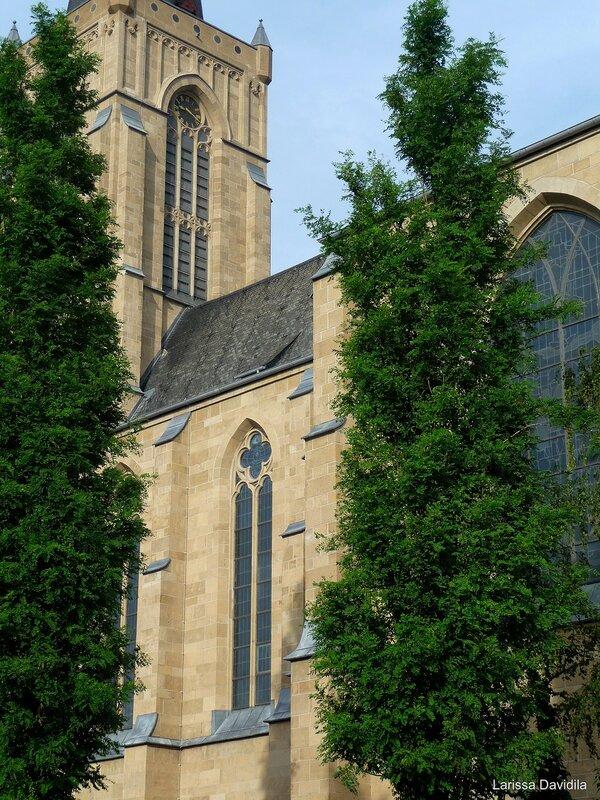 Euskirchen. Die Herz-Jesu-Kirchen.