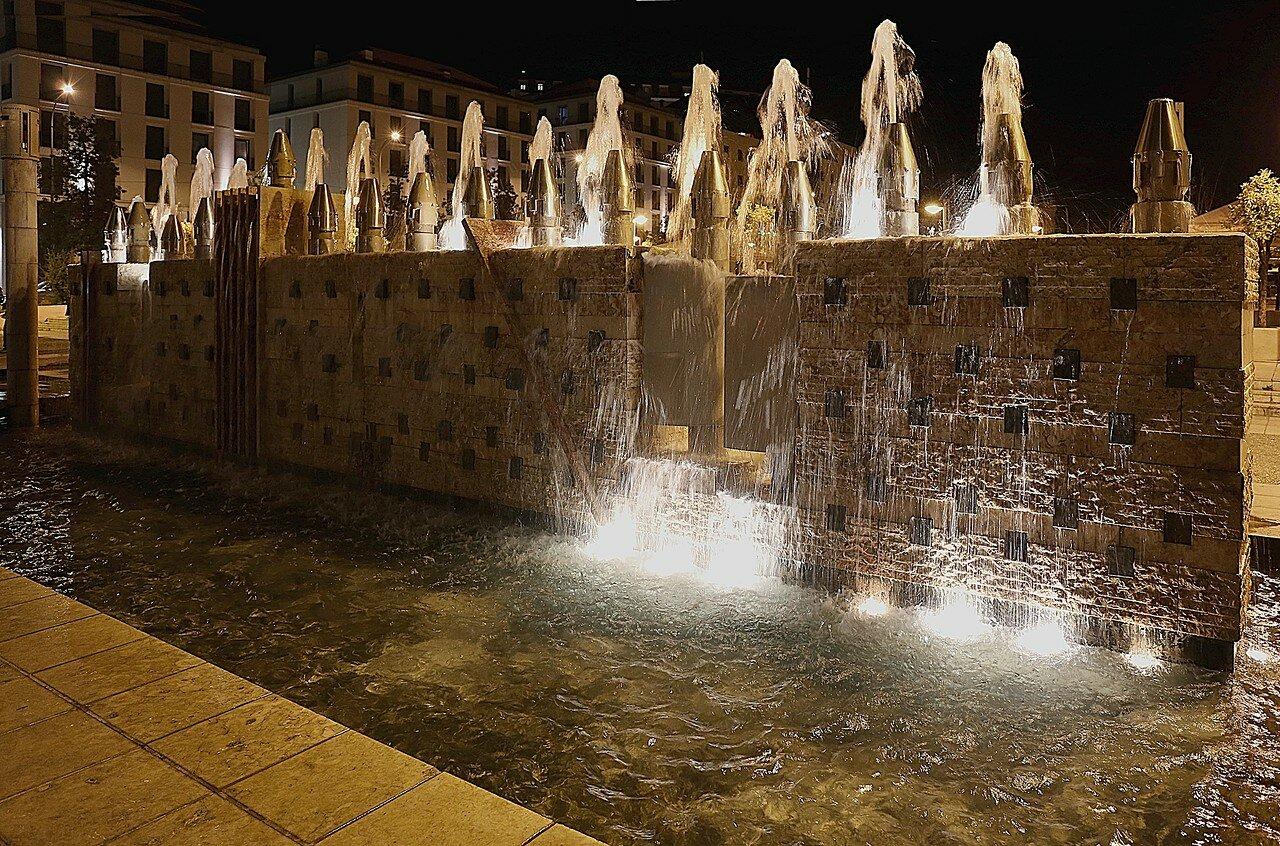 Лиссабон. Площадь Мартим Мониш (Praça Martim Moniz)
