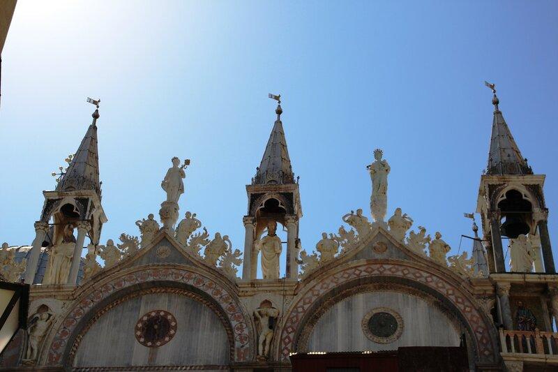 Венеция. Базилика Сан-Марко и ее колокольня.