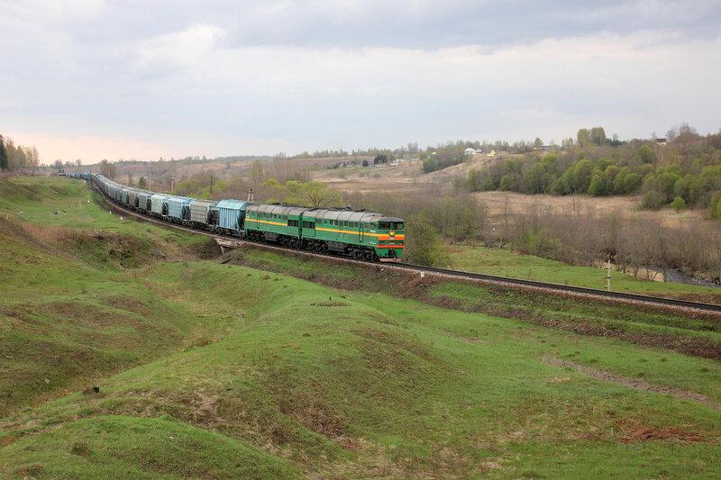 2ТЭ116-678 на перегоне Бартенево - Зубцов