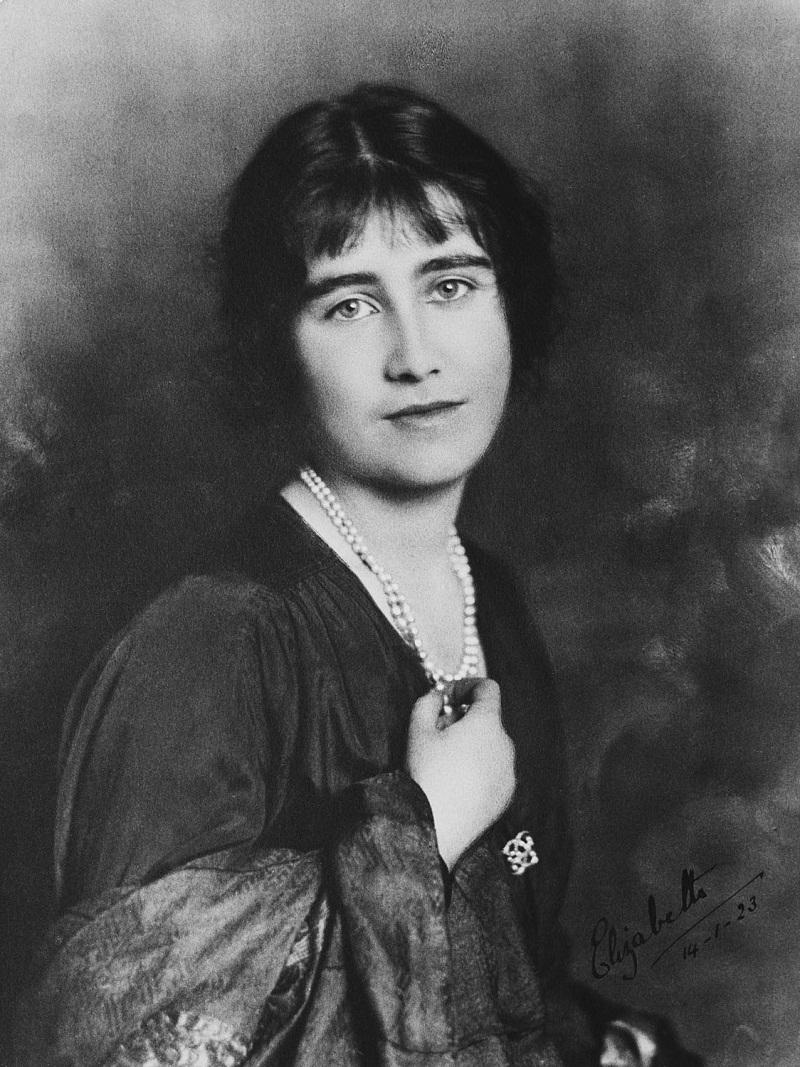 Елизавета Боуз-Лайон, когда Элизабет Боуз Леди-Лион (1900-2002)