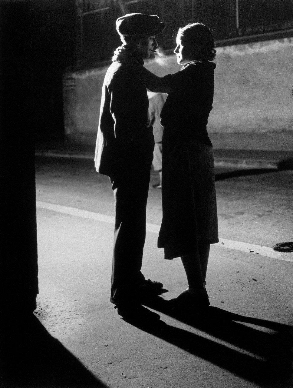 1931. Любовники. Рю Крульбарб, Итальянский квартал