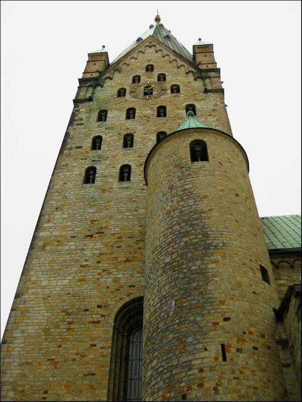 Колокольня Кафедрального собора Падерборна