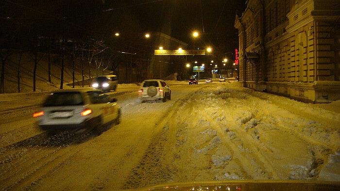 Владивосток, снег,ночь