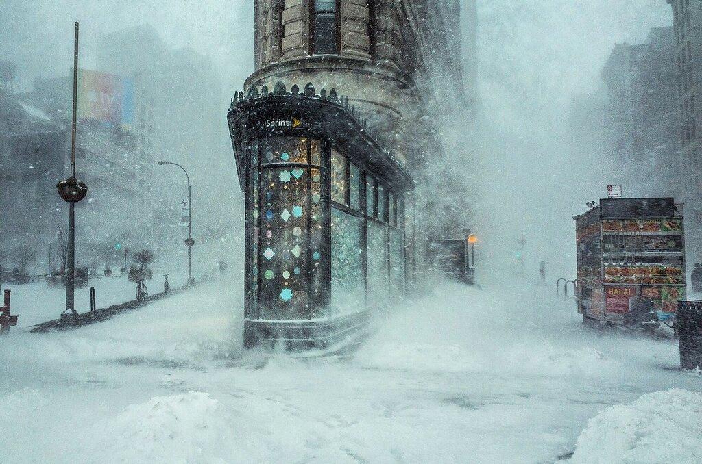 Снежная буря в Нью-Йорке