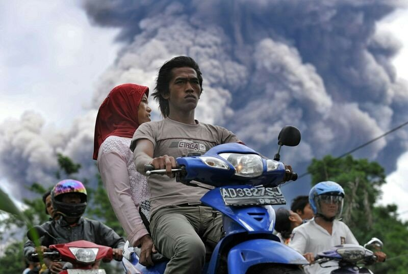 Красивые фотографии извержения вулканов 0 1b6254 b4180d6d XL