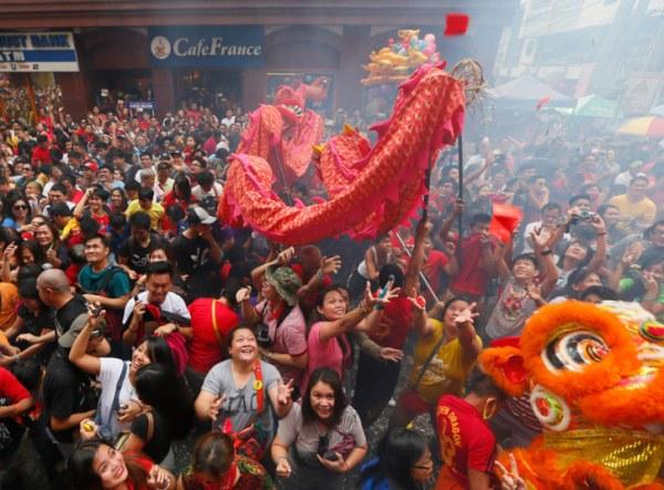 Фейерверк над Манхэттеном во время празднования Китайского Нового года