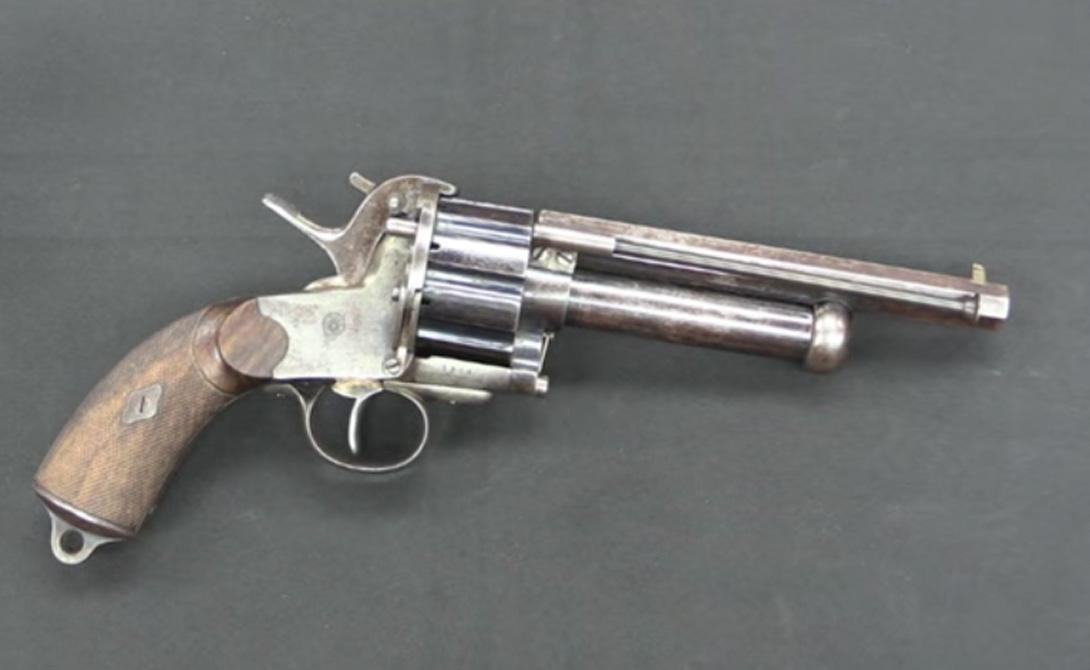 Страна: США Был введен в эксплуатацию: 1856 Тип: револьвер Дальность поражения: 300 метров Магаз